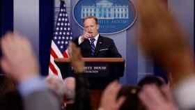 Spicer, durante una rueda de prensa.