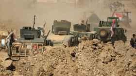 Fuerzas de seguridad iraquíes avanzan en Mosul.