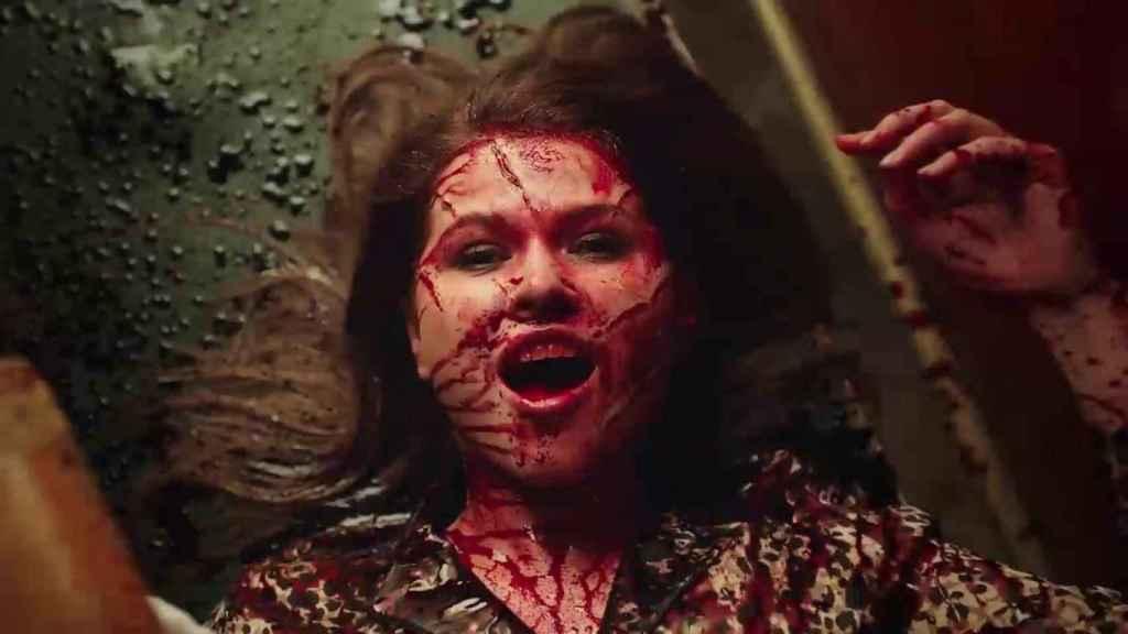 Una de las salvajes escenas rodadas para el videoclip de Leningrado.