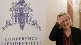 Le Pen, durante una rueda de prensa al día siguiente de la convocatoria policial a la que no acudió.