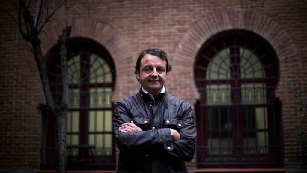 Rafael García Garrido delante de su nuevo despacho en Las Ventas.