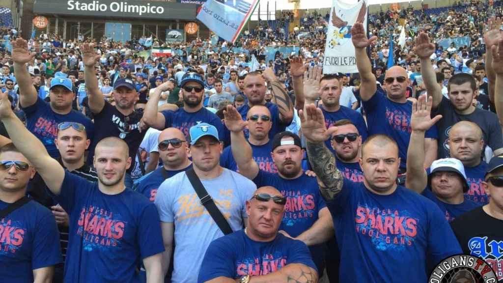 Ultras del Lazio en la grada del Olímpico de Roma.