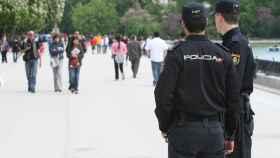 Cinco años de cárcel a un hombre que intentó degollar a un policía por una queja de tráfico