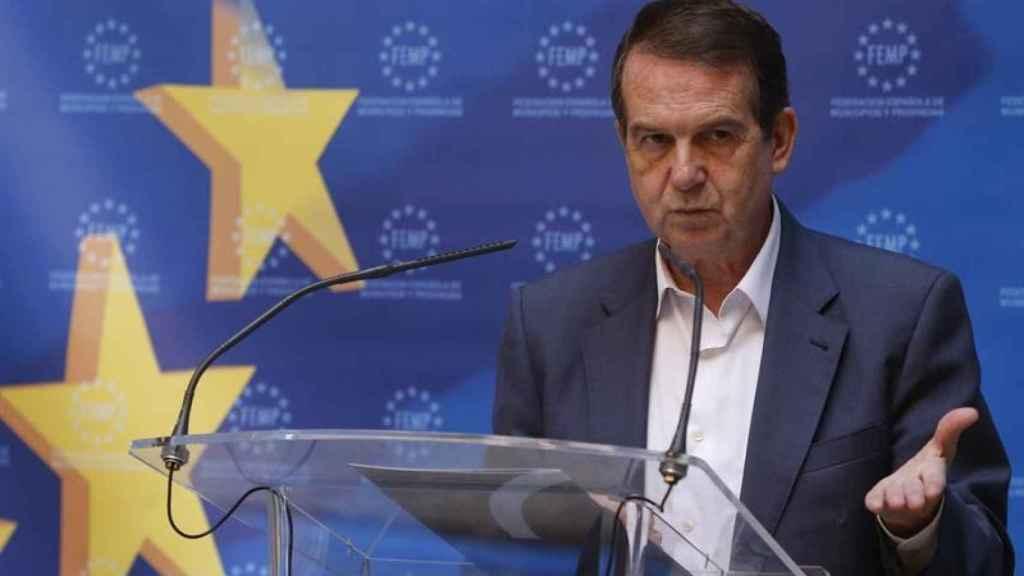 El presidente de la FEMP y alcalde de Vigo, Abel Caballero.