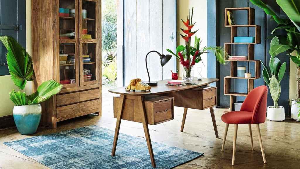 Greenery combinado con madera y materiales naturales. | Foto: Maisons du Monde.