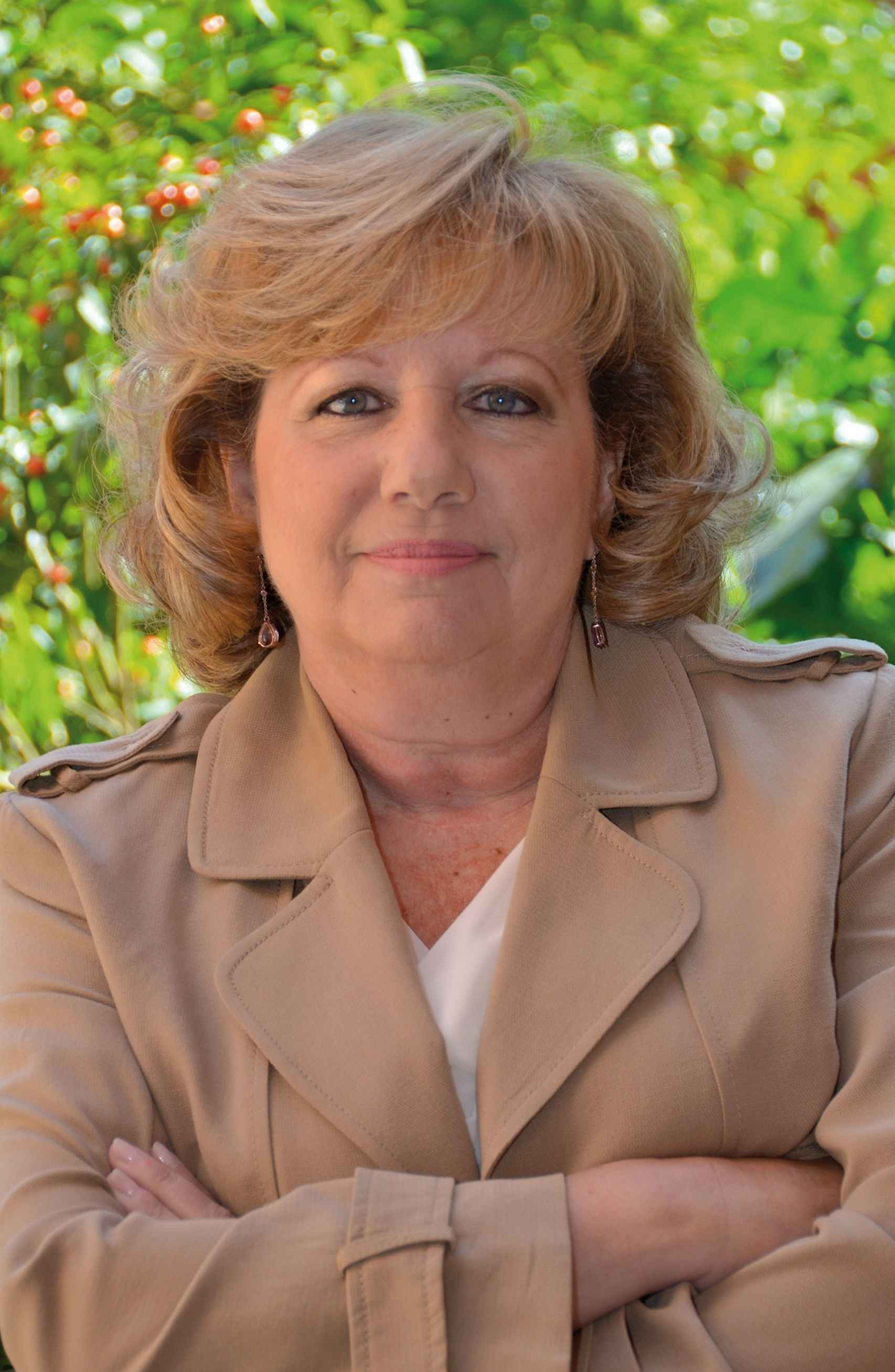 La escritora María Ángeles López, autora de La diputada.