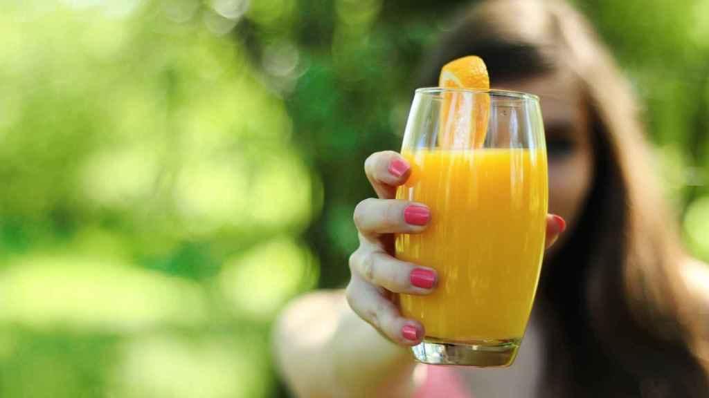 zumo-de-naranja-en-vaso