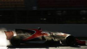 El McLaren de Vandoorne, este jueves.