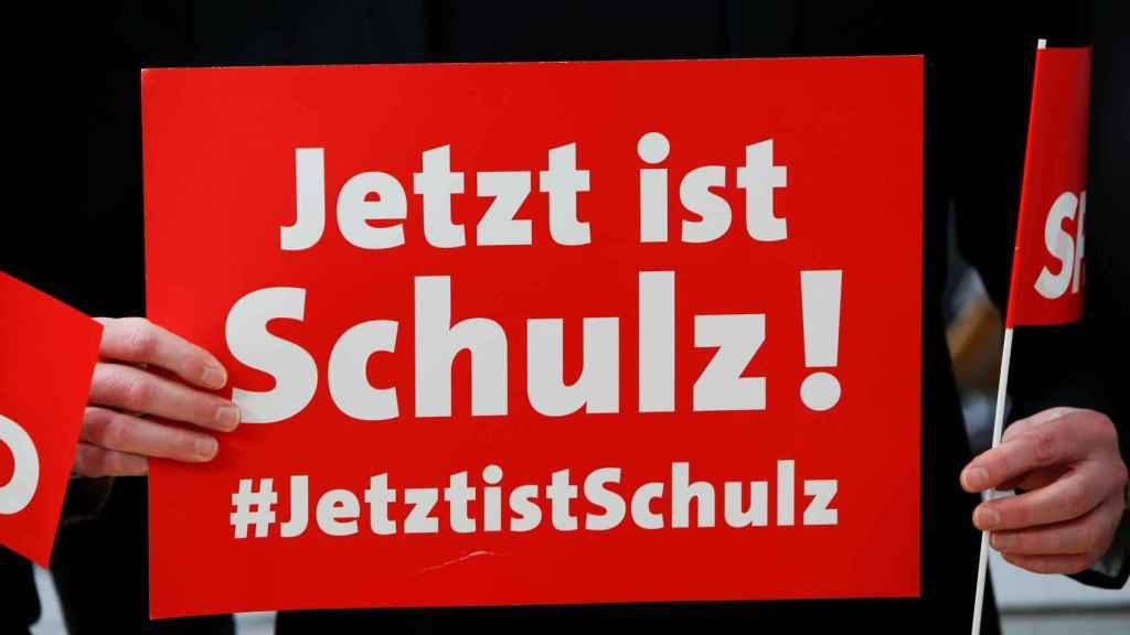 Un cartel, a favor a Schulz.