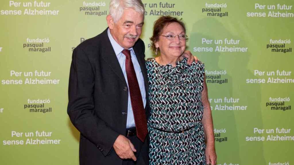 Pasqual Maragall y Diana Garrigosa en una acto de la Fundación que lleva su nombre