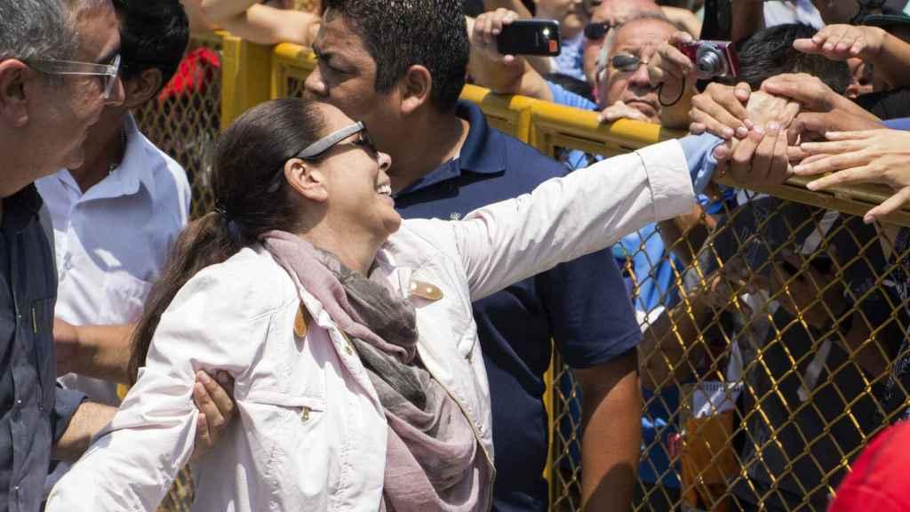 Isabel Pantoja fue recibida en Perú como una gran estrella