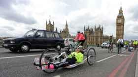 Una atleta y activista parapléjica