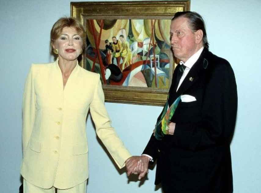 Tita y el barón Thyssen-Bornemisza, en el Museo Thyssen, en 1998.