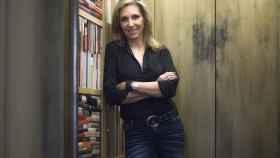 Marta Robles (Madrid, 1963) es periodista y acaba de publicar la novela A menos de cinco centímetros.