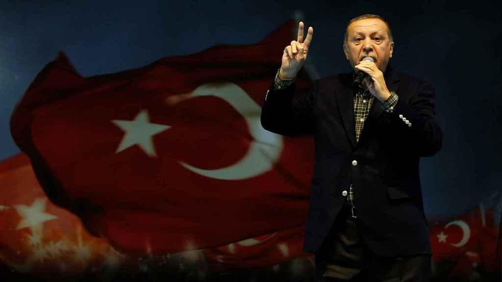 Erdogan ha arremetido contra Alemania en un discurso durante una convención de mujeres