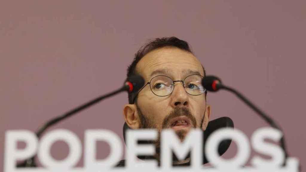 Pablo Echenique en la sede de Podemos.