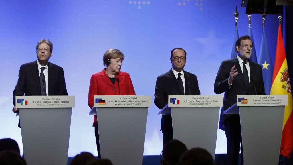 Los líderes de los cuatro países que han participado ofrecen una rueda de prensa.