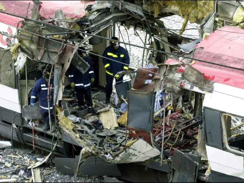 La primera explosión se produjo a las 7.36 de la mañana.
