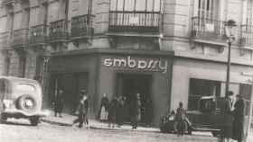 La cafetería Embassy, años después de su fundación.