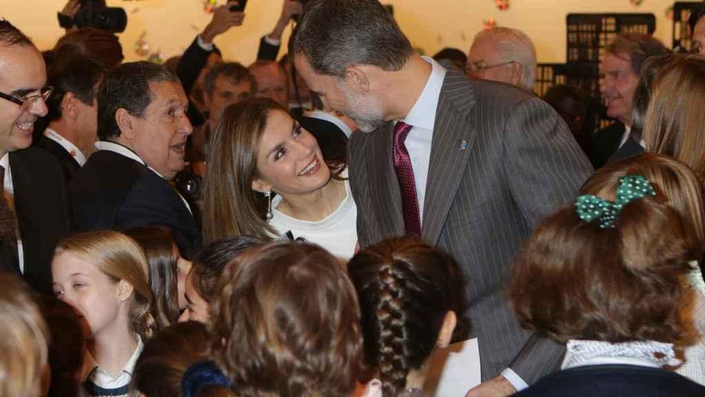 Los reyes Felipe y Letizia, durante su visita a ARCO.