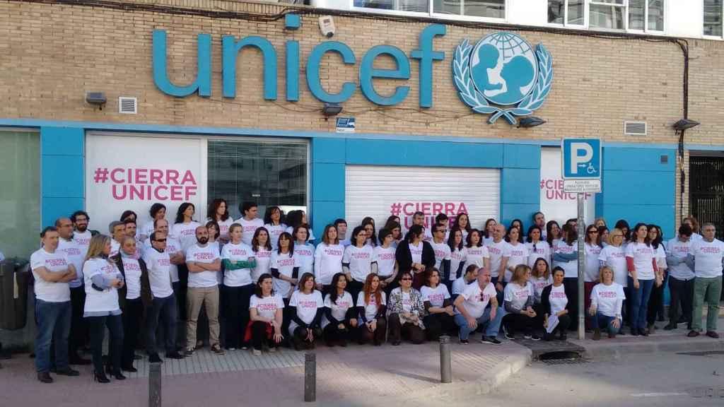 Los voluntarios tras #cierraUnicef
