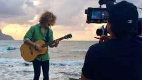 Así es videoclip de Manel Navarro para su 'Do it for your lover'