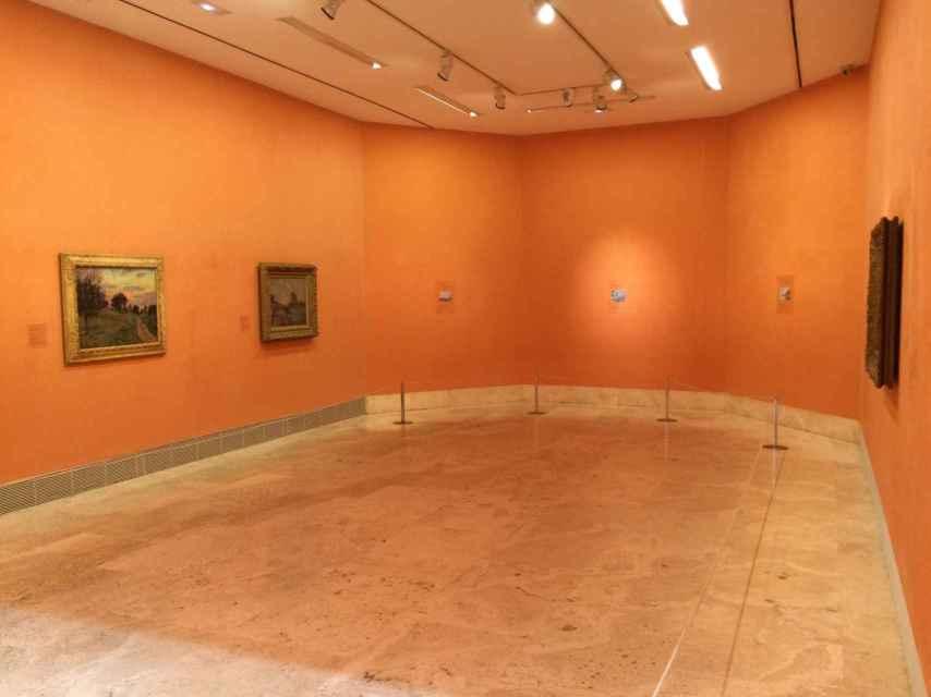 """Estado actual de la sala """"H"""", donde sólo pueden verse tres de los diez cuadros."""