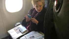 Hillary Clinton durante unos de sus viajes