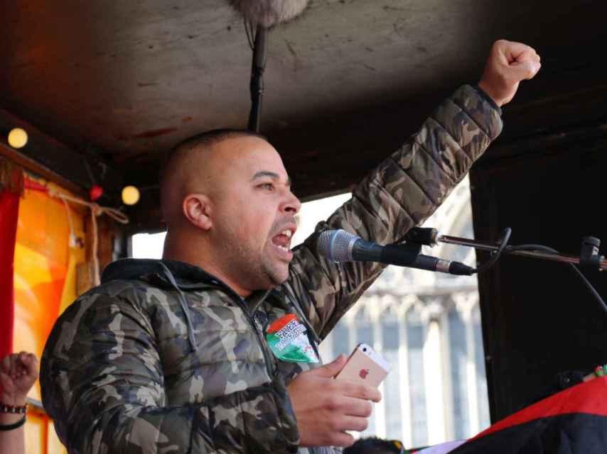 """Rachid El Ghazaoui """"Appa"""", en una manifestación pro palestina, en Ámsterdam."""