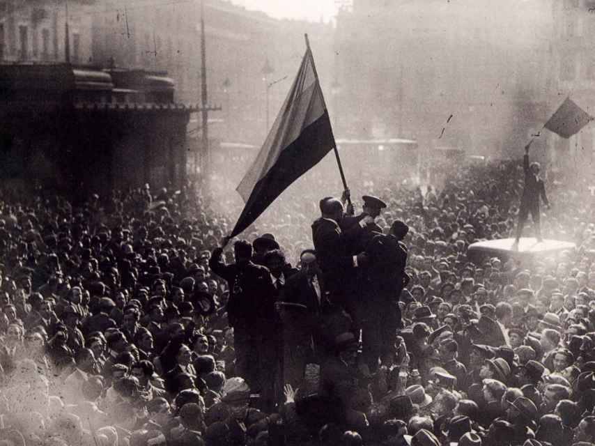 Proclamación de la II República en Madrid, el 14 de abril de 1931.