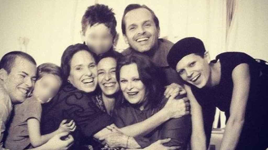 La familia Bosé hace unos años.