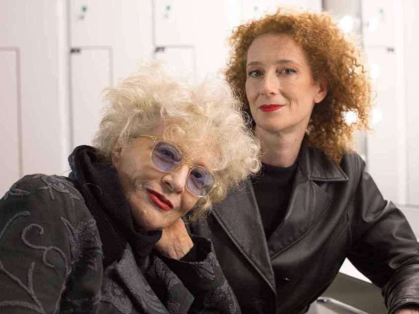 Magüi Mira y Clara Sanchis, madre e hija y directora y actriz en Festen.