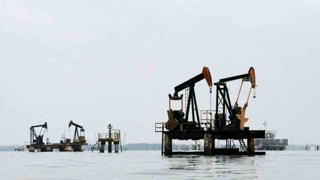 Una plataforma petrolídera en Arabia Saudí.