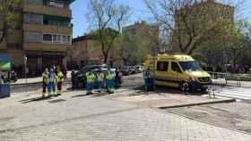 Un hombre dispara a su expareja y se atrinchera en un piso de Madrid