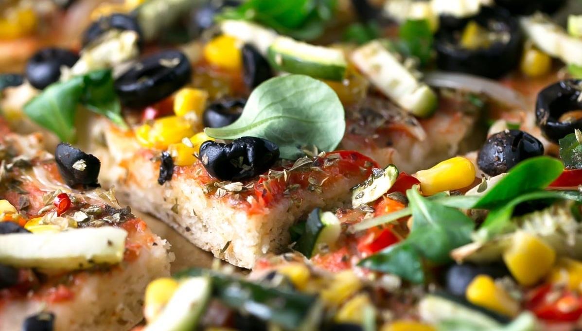 Pizza-sin-gluten-con-verduras-2