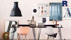 El rosa combina a la perfección con el gris y muebles en tonos tierra. | Foto: Jelanie Shop.