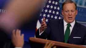 Spicer, durante su rueda de prensa.
