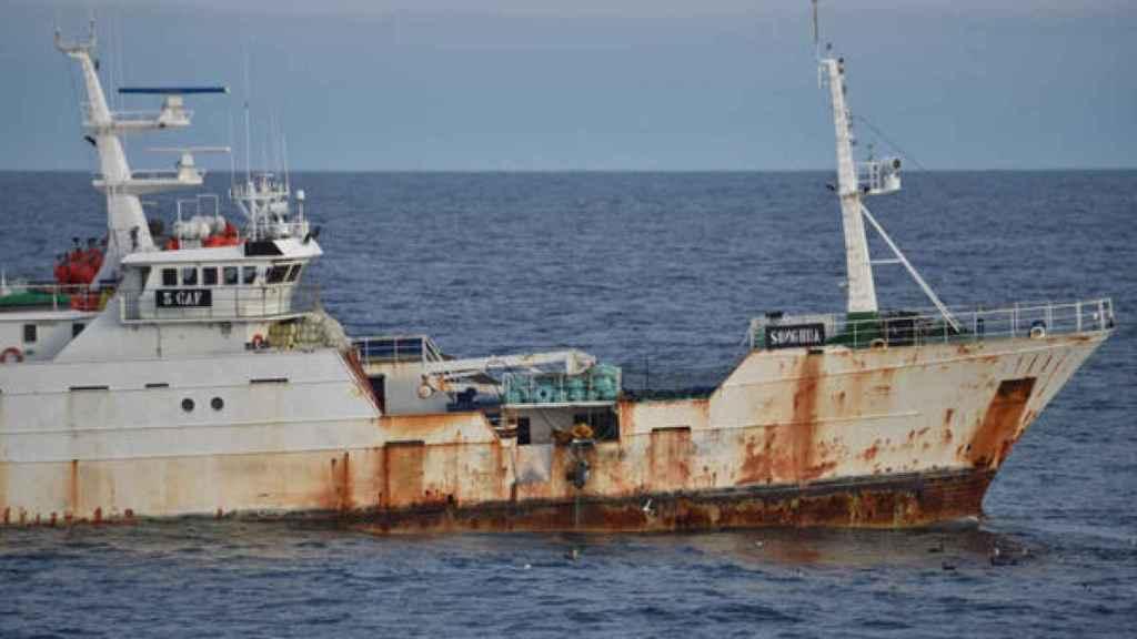 El barco Songhua, del clan de los Vidal, faenando en aguas de la Antártida.