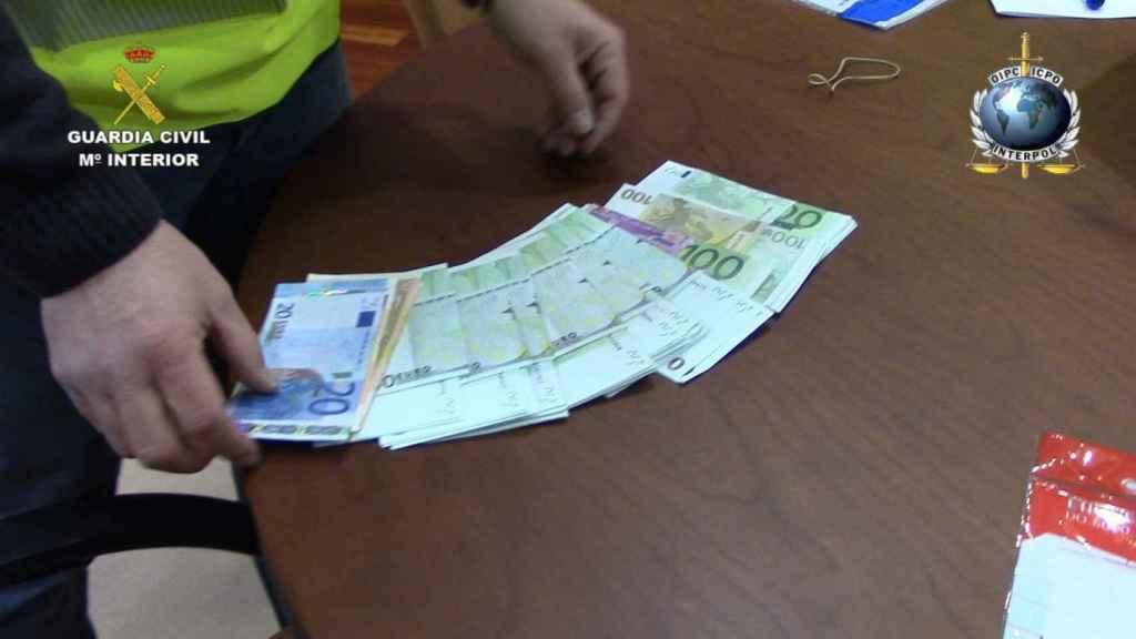 La Guardia Civil señala que la familia también blanqueaba el dinero de sus actividades.