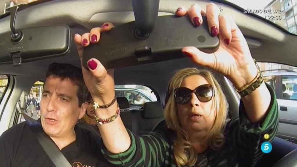 Terelu Campos aprendiendo a conducir