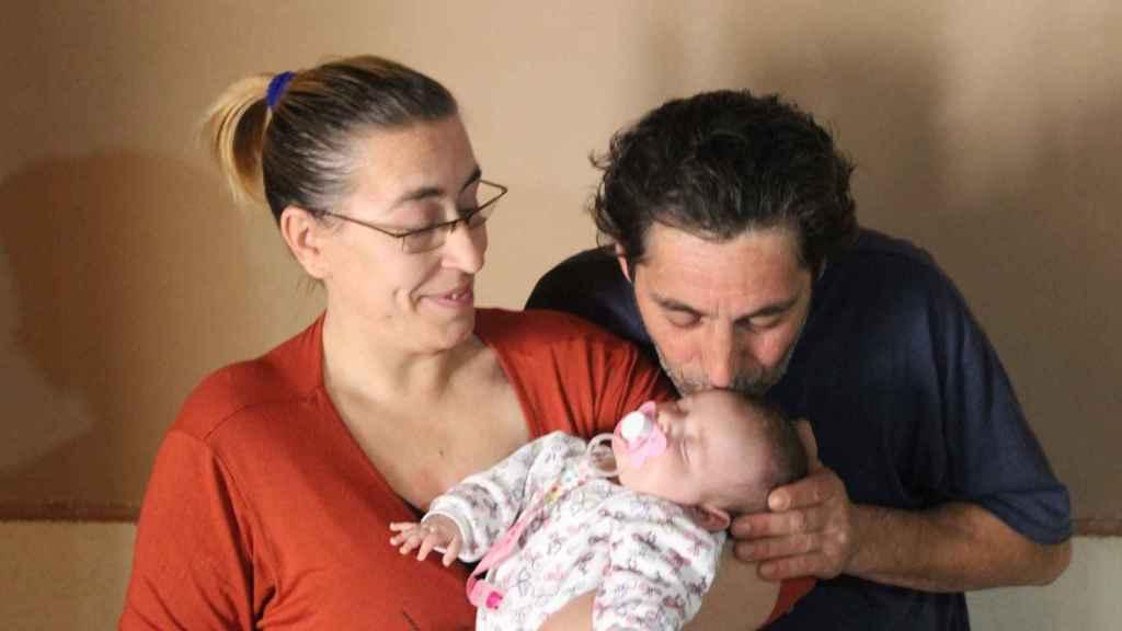 Ana y Vicente fueron al hospital porque ella se quejaba de un cólico