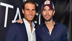 Enrique Iglesias y Rafa Nadal inauguran su restaurante.