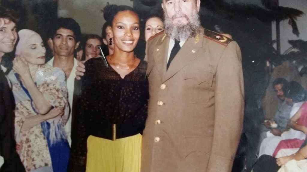 Dagmara Brown y Fidel Castro.