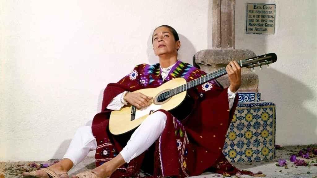 Chavela en un fotograma del documental.