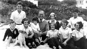 Un retrato de la familia Kennedy.