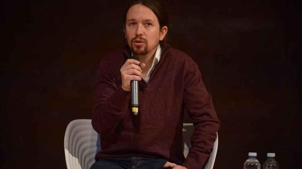 Pablo Iglesias se queja en Berlín del trato que reciben los españoles exiliados