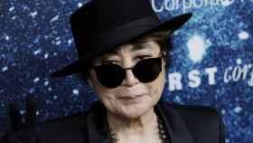 Yoko Ono en una entrega de premios.