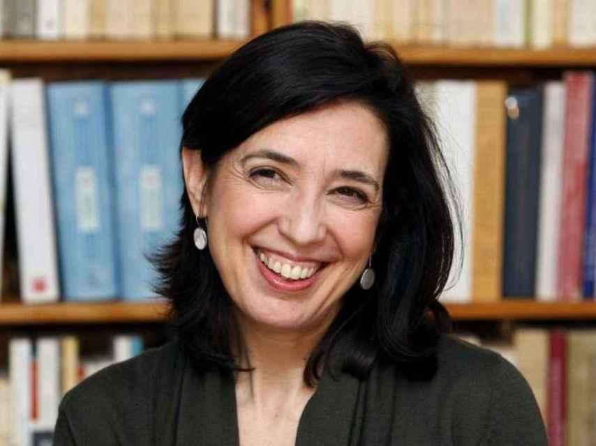Inés Fernández-Ordóñez, primera filóloga en entrar en la RAE.