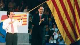 Aznar y Vidal-Quadras en un mitin del PP, en Barcelona, en 1995.