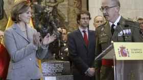Cospedal aplaude el discurso del nuevo JEMAD, el general Fernando Alejandre.